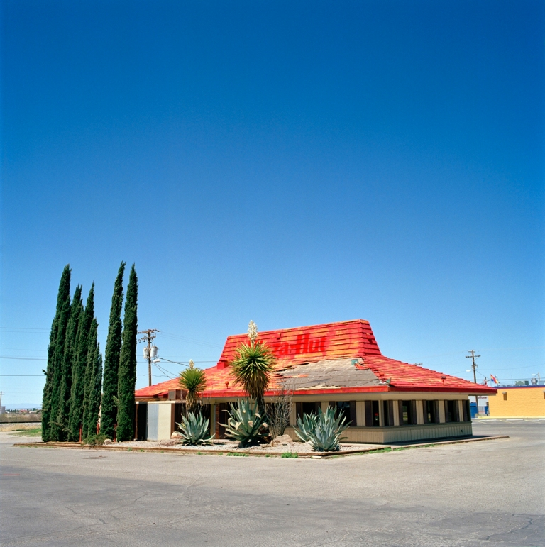 Pizza Hut (abandoned) Ð U.S. Route 70 | Alamogordo, New Mexico,